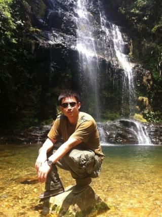壁纸 风景 旅游 瀑布 山水 桌面 320_429 竖版 竖屏 手机