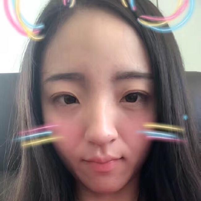 紫萱冰玲照片