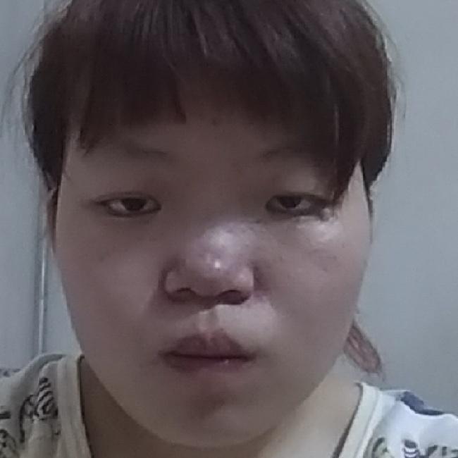 邓紫棋照片